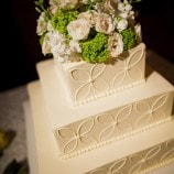 sqaure cake with design